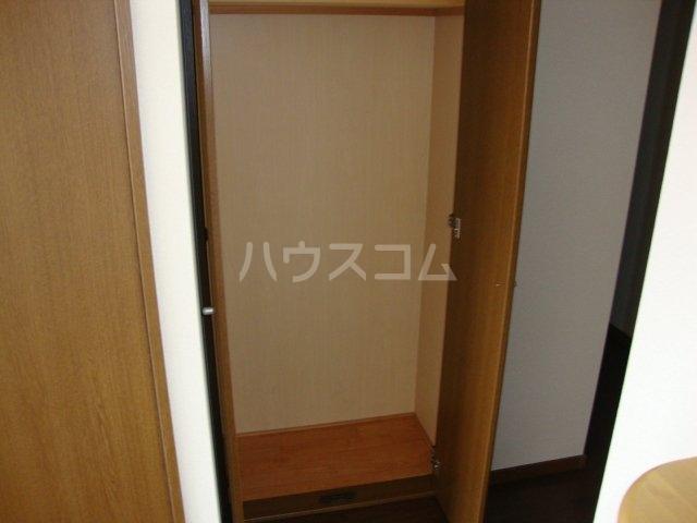 ルミナス押沢台 203号室の収納