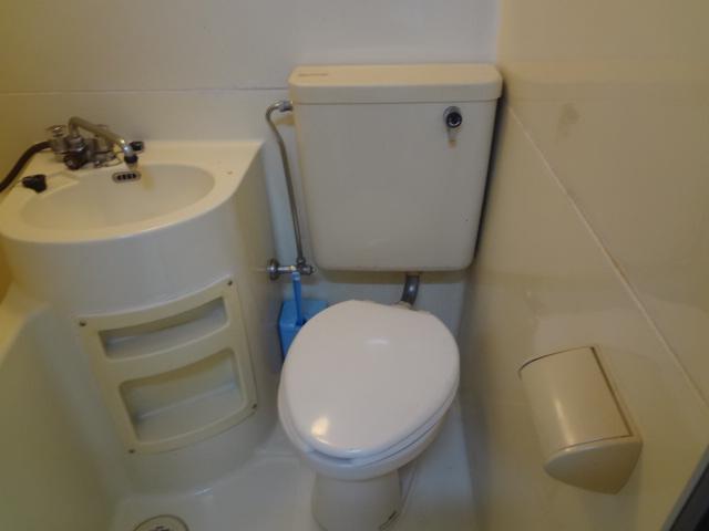 ハイツ杉本B 208号室のトイレ