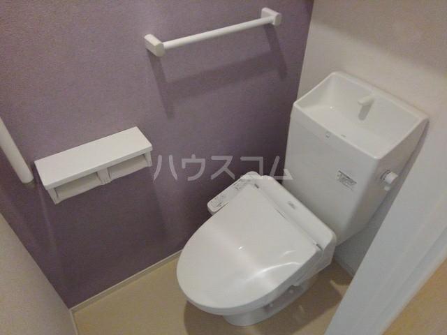Lugar柳原(ルガール) 01010号室のトイレ