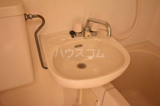グランモア若葉 205号室の洗面所