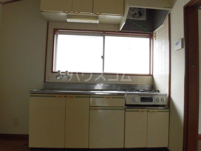 美和ハイツ 201号室のキッチン