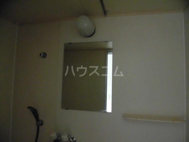 美和ハイツ 201号室の洗面所