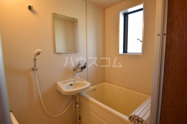 メゾン藤木 105号室の風呂