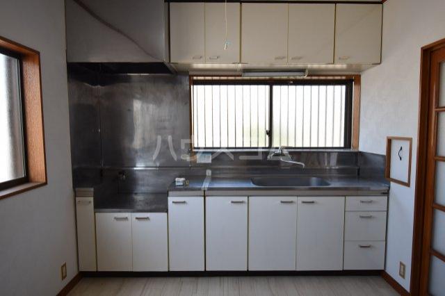 メゾン藤木 105号室のキッチン