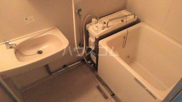 メゾン藤 102号室の風呂