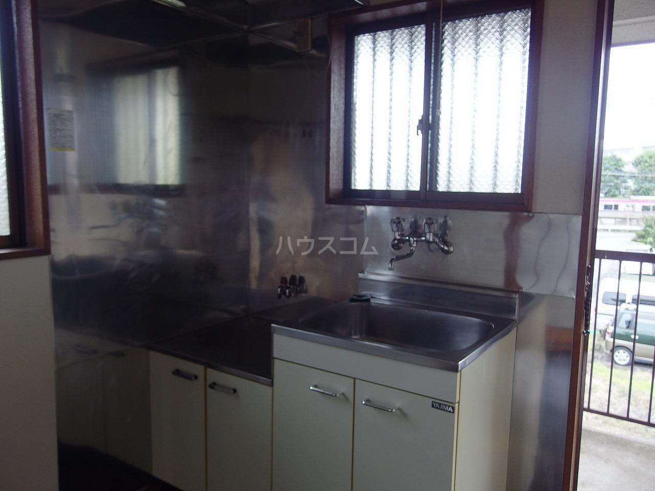 コーポ阿部 205号室のキッチン