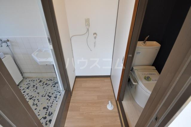 小川ハイツ 201号室の洗面所