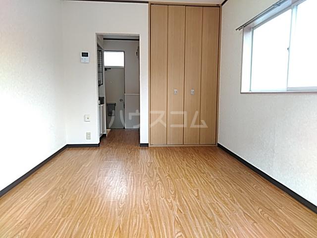 ファーストシティ橋本 205号室の居室