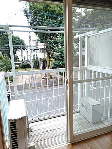 ファーストシティ橋本 205号室のバルコニー