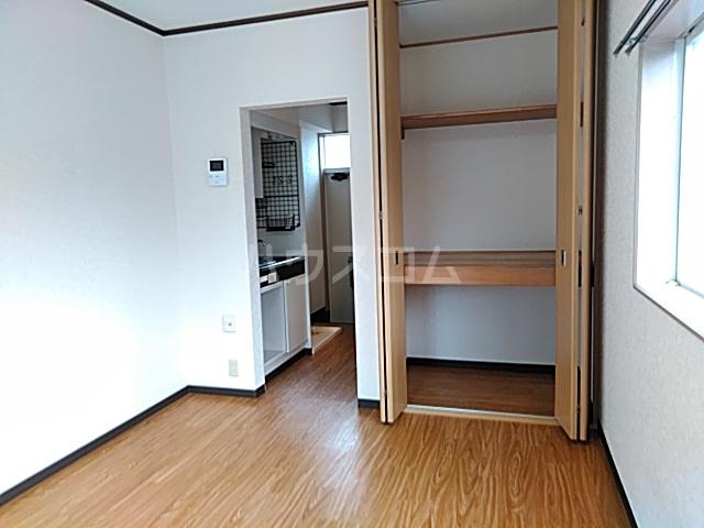 ファーストシティ橋本 205号室の収納