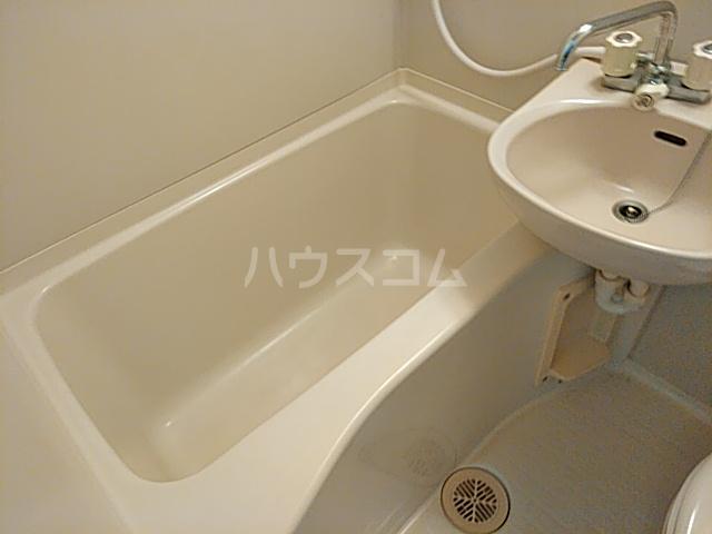 ファーストシティ橋本 205号室の風呂