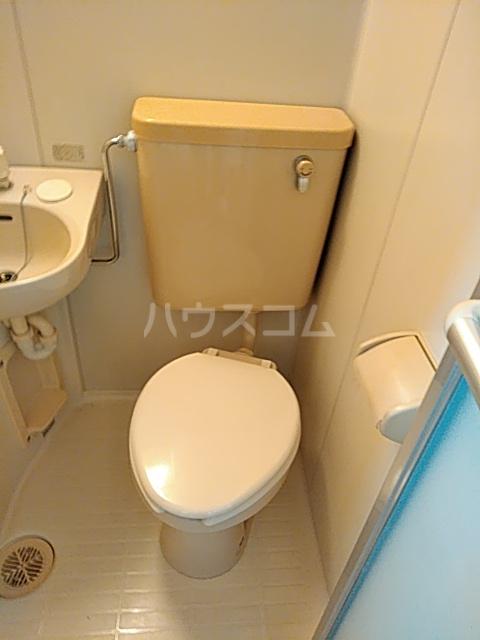 ファーストシティ橋本 205号室のトイレ