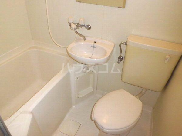 サマックス ブラウン 202号室のトイレ