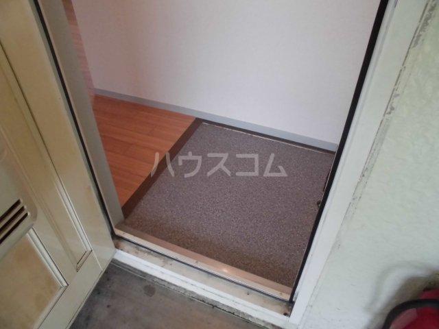 サンステアイナガキ 201号室の玄関