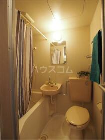 グランデール北野 905号室のトイレ