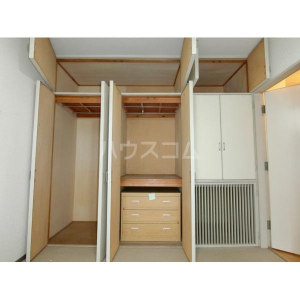 聖蹟桜ヶ丘ガーデンホーム 203号室の収納