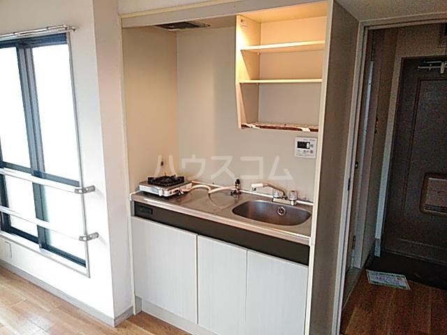 大豊マンション 206号室のキッチン