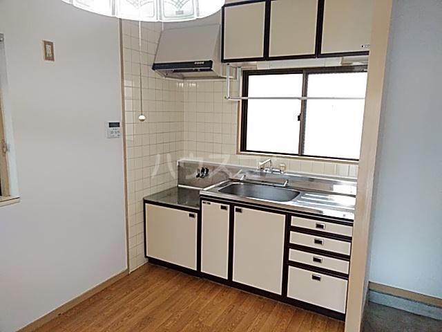 大豊マンション 103号室のキッチン