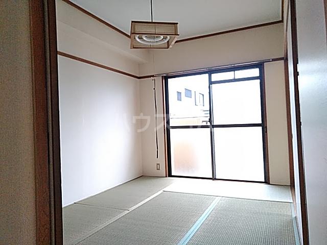 大豊マンション 103号室の居室