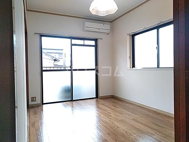 大豊マンション 103号室のベッドルーム