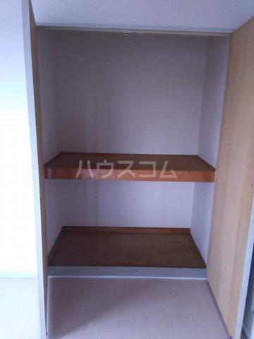 レオパレス東枇杷島 201号室の収納