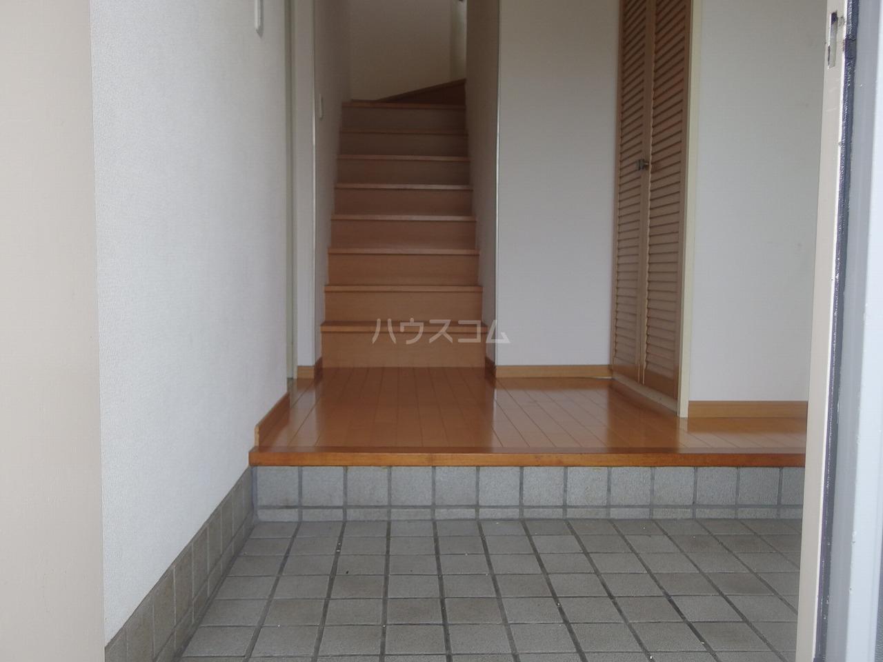タウンハウス落合の玄関