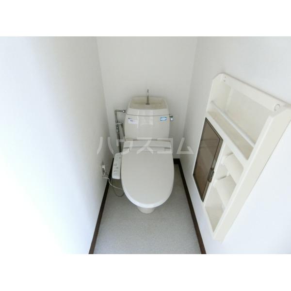 ベルハイツ 105号室のトイレ