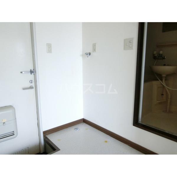 ベルハイツ 105号室の玄関