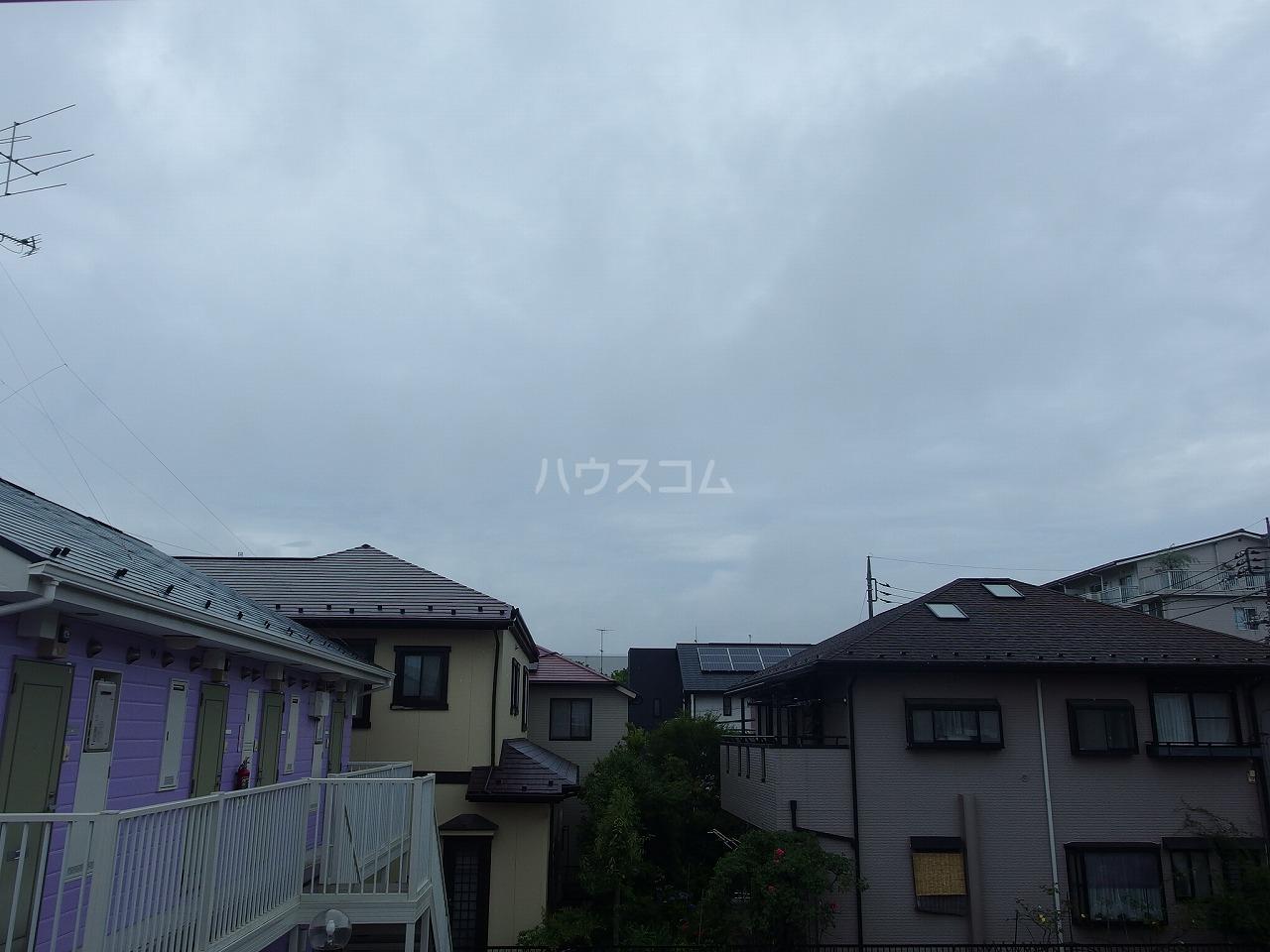 横倉ハイツ 203号室のバルコニー