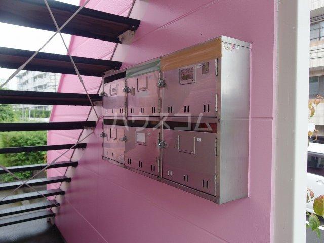 横倉ハイツ 203号室の駐車場
