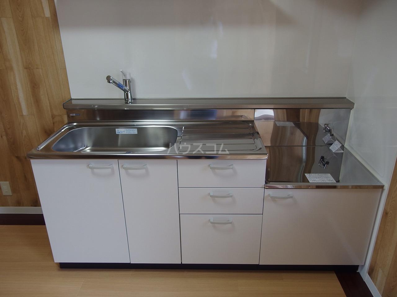 横倉ハイツ 203号室のリビング