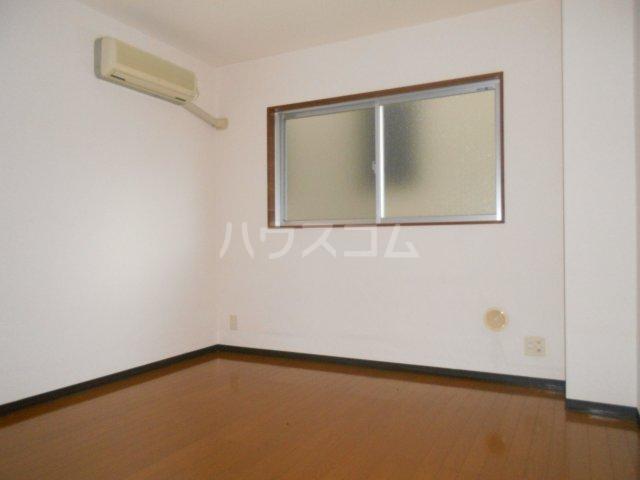 第3宮田ビル 203号室のリビング
