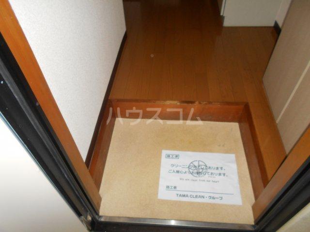 第3宮田ビル 203号室の玄関