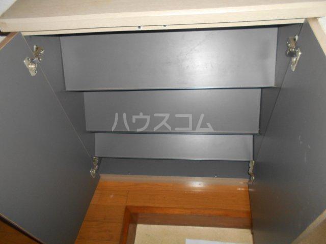 第3宮田ビル 203号室のエントランス