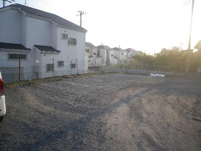 グリーンテラス橋本の駐車場