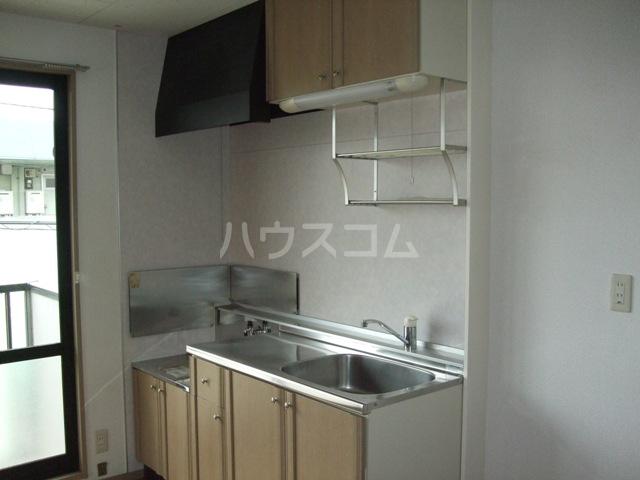 パナポートⅠ 201号室のキッチン
