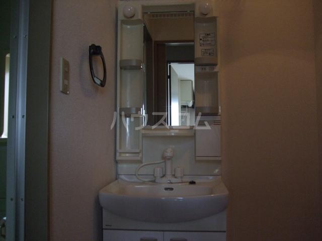 パナポートⅠ 201号室の洗面所