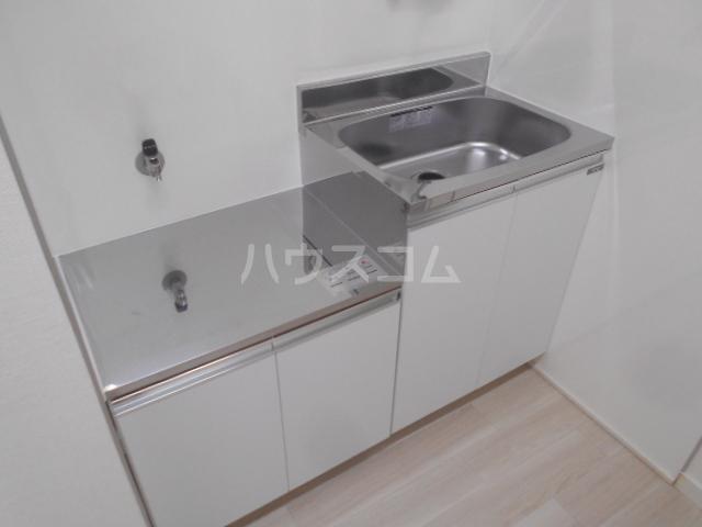 ホワイトウィング石田 101号室のキッチン