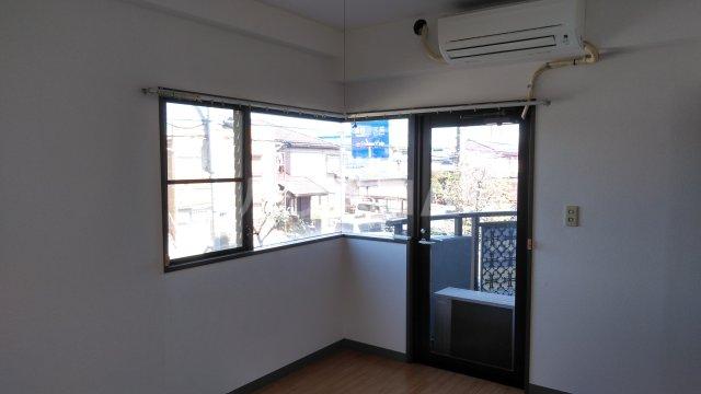 日建シェトワ-5 201号室の居室