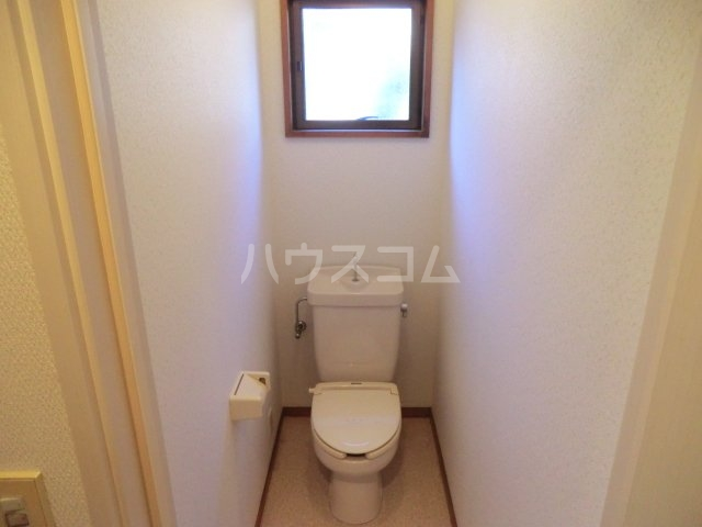 中宿レジデンスA棟 102号室のトイレ