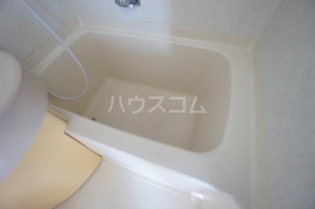 グランデール名古屋 501号室の風呂