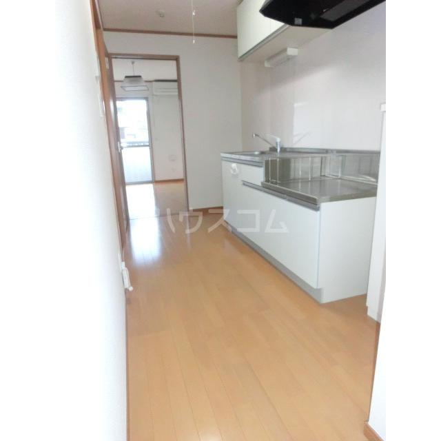 ハイツ鈴木 102号室のキッチン