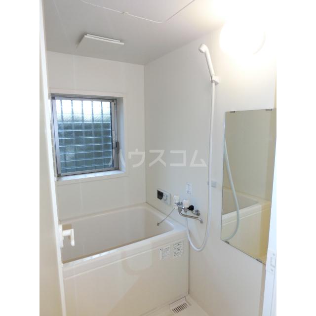 ハイツ鈴木 102号室の風呂