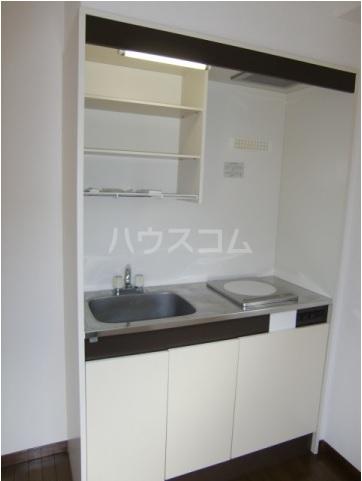 第2関根ビル 301号室のキッチン