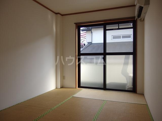 ハウスコヤマの居室