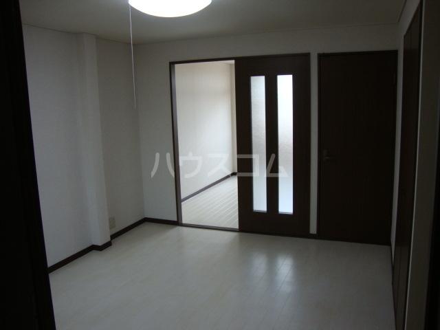 ラフィーネ中央台 201号室のバルコニー