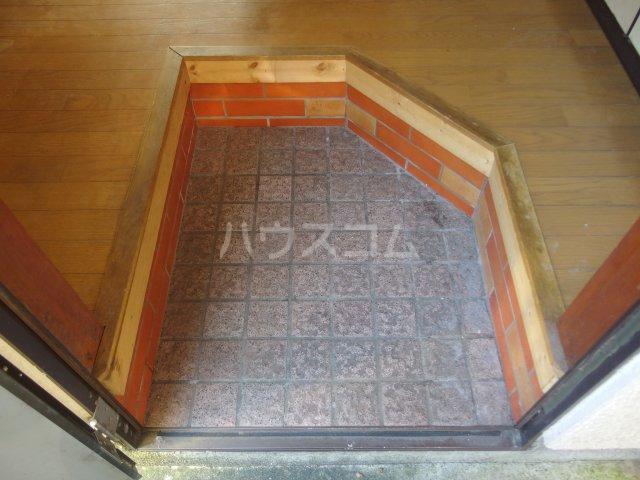コーポ美山 103号室の玄関