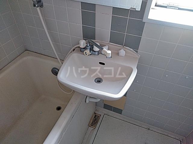 エ・スパシオ名西 701号室の洗面所