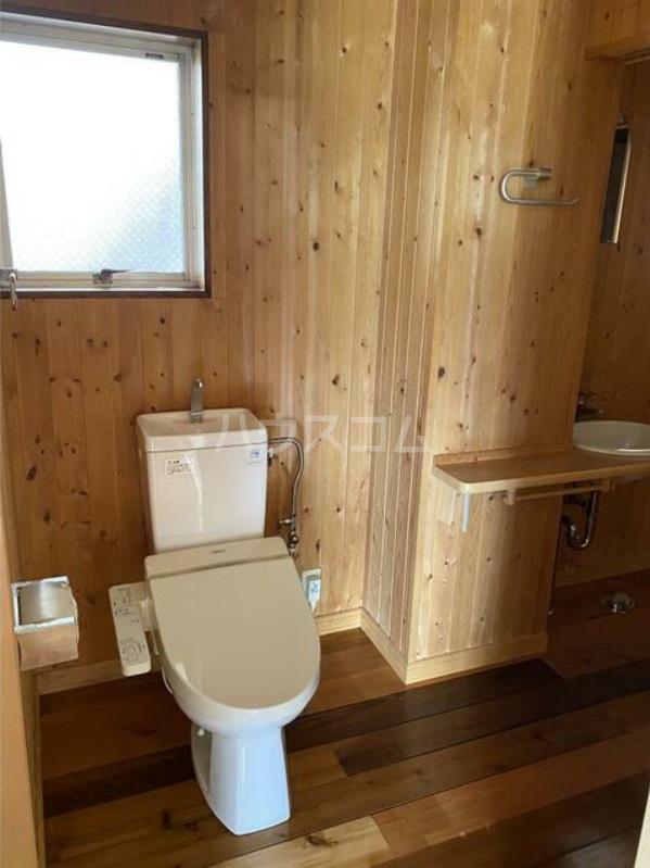 ミューゼタイセイ 102号室のトイレ