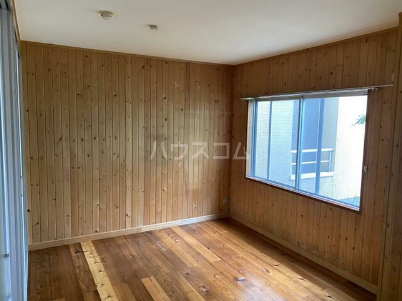 ミューゼタイセイ 102号室の居室